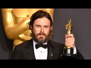 Casey-Affleck-Wins-Best-Actor-At-2017-Oscars-DESPITE-Allegations-Controversy-Image-631582